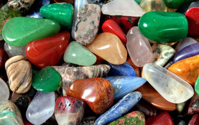 Nettoyage et purification des pierres de lithothérapie