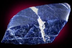 Sodalite provenant des mines de Bancroft, en Ontario, Canada