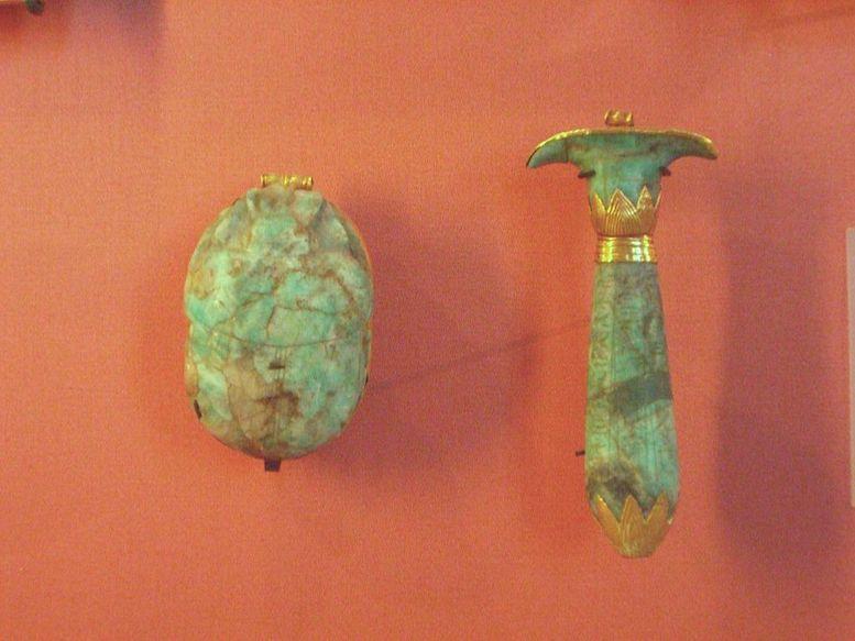 Amulettes en amazonite du visir Paser   Lithothérapie en Ligne